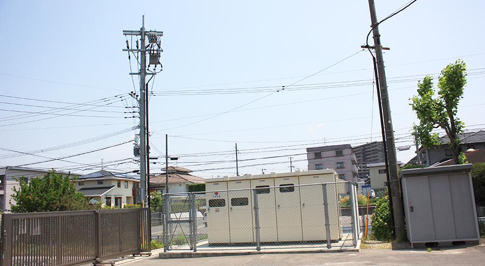 安徳北小学校校舎・給食棟増築電気設備工事 受変電設備(平成22年3月竣工)